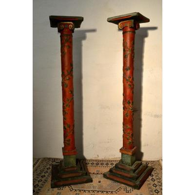 Paire de colonnes en bois  et stuc fin XIXème