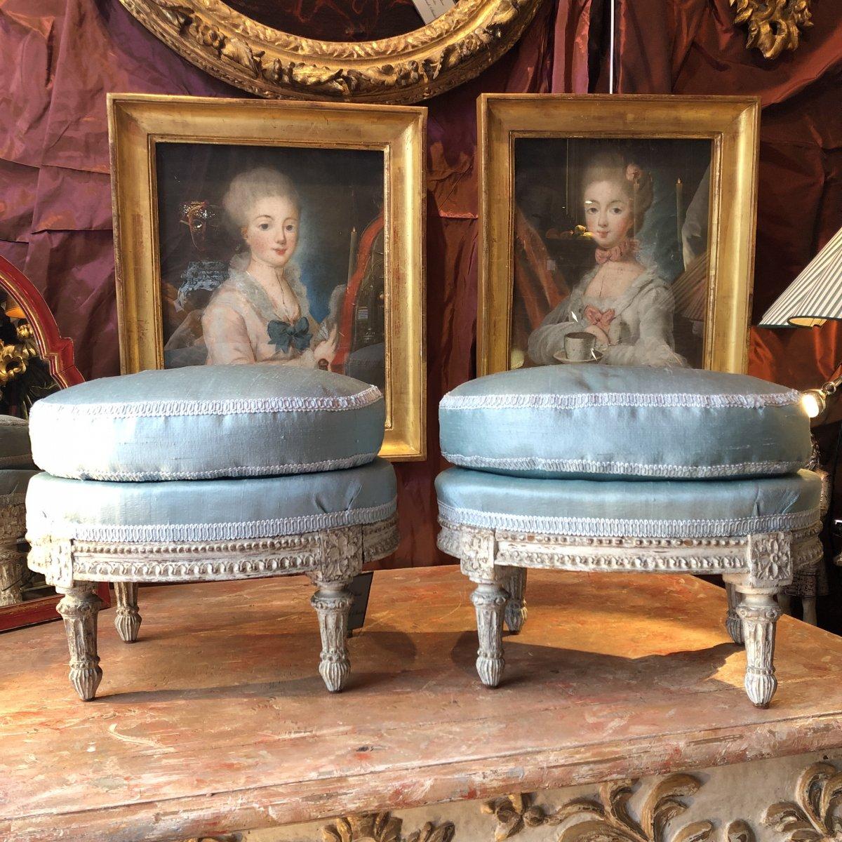 Paire de tabourets repose-pieds, XVIIIè, époque Louis XVI.