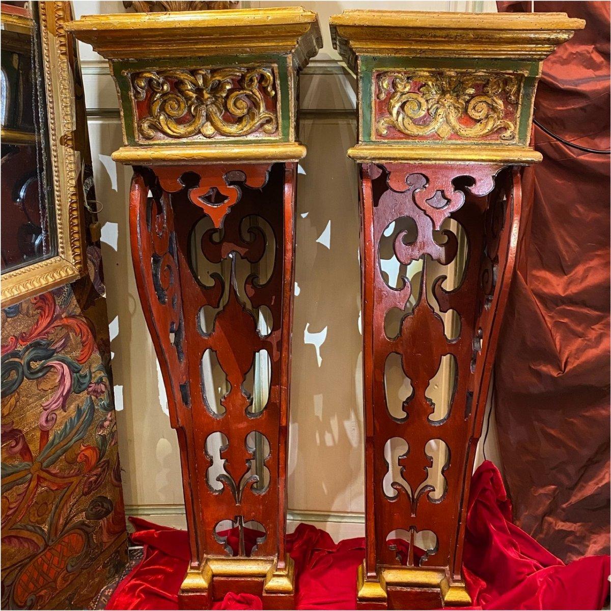 Exceptionnelle paire de sellettes polychromes XVIIIe, Régence. -photo-2