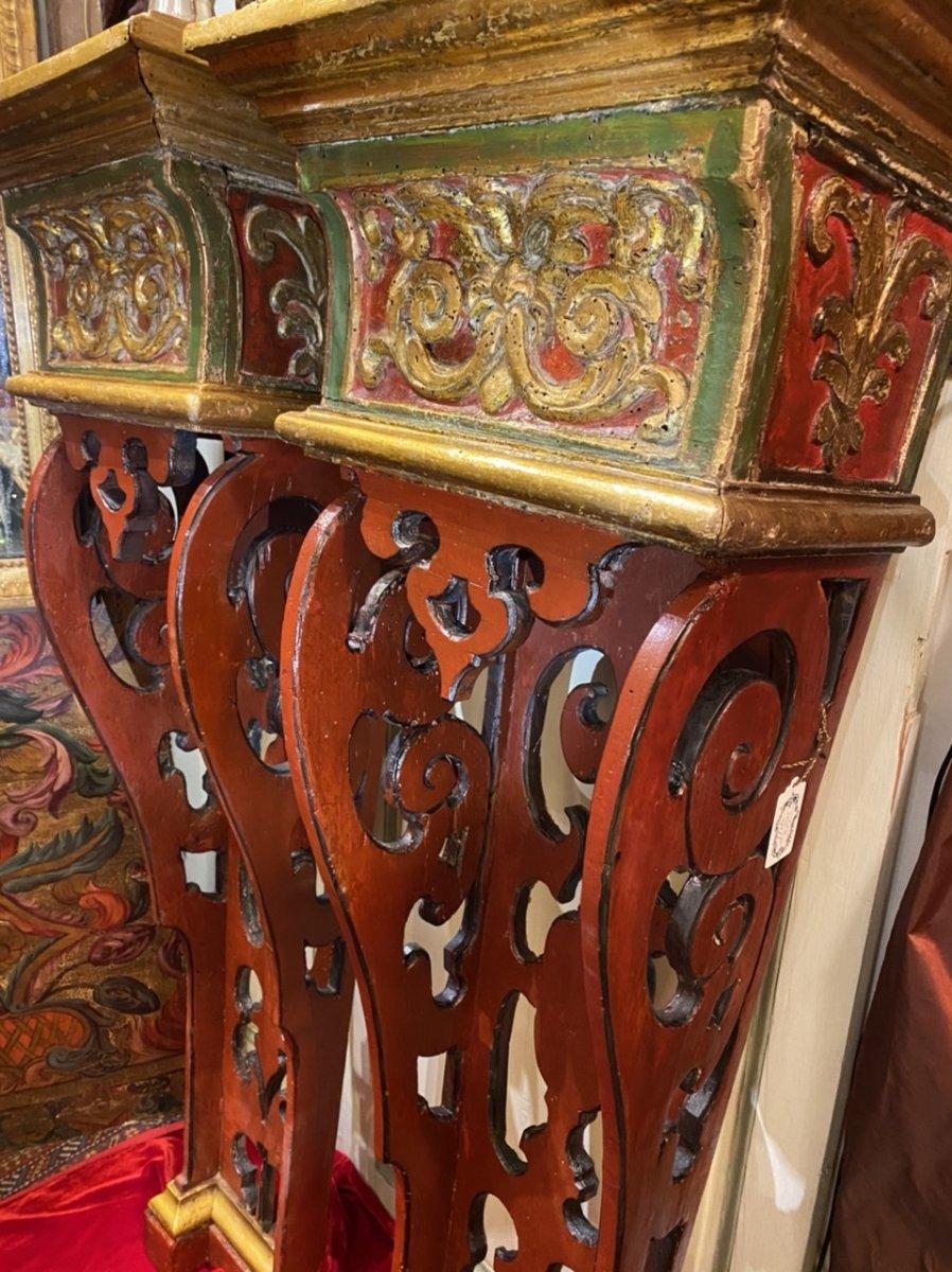 Exceptionnelle paire de sellettes polychromes XVIIIe, Régence. -photo-1