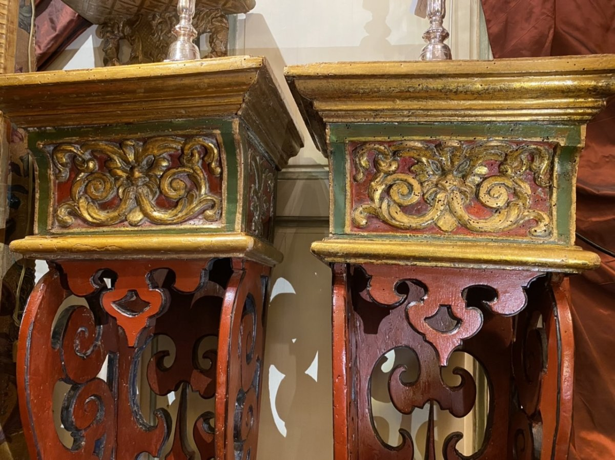 Exceptionnelle paire de sellettes polychromes XVIIIe, Régence. -photo-4
