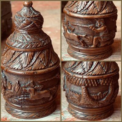 Corozo, secouette tabatière, scène de chasse. XIXème