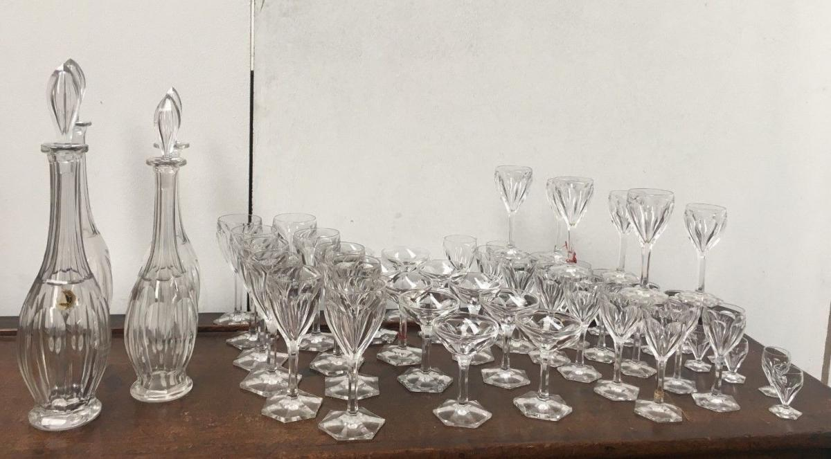 service de verres en cristal de saint louis model joseph verres vin services verres anciens. Black Bedroom Furniture Sets. Home Design Ideas