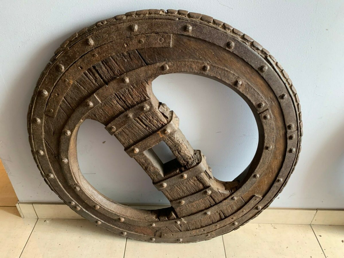 Two Wheel Wheels In Wrought Iron Riveted And Interior In Oak XVI Century-photo-4