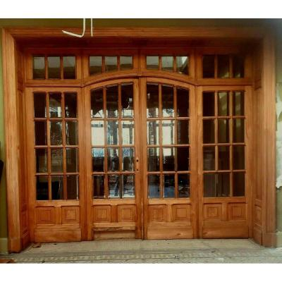 Four-leaf Partition Door And Transom In Natural Wood Beveled Tile