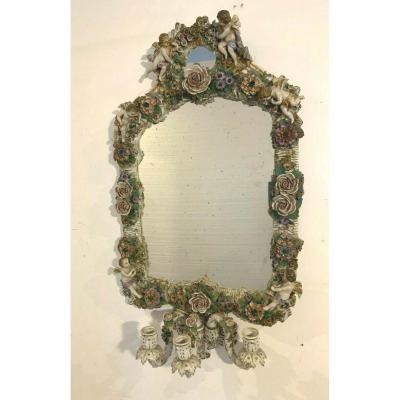 Paire De Miroirs A Bougeoirs En Porcelaine Polychrome Porcelaine Allemande