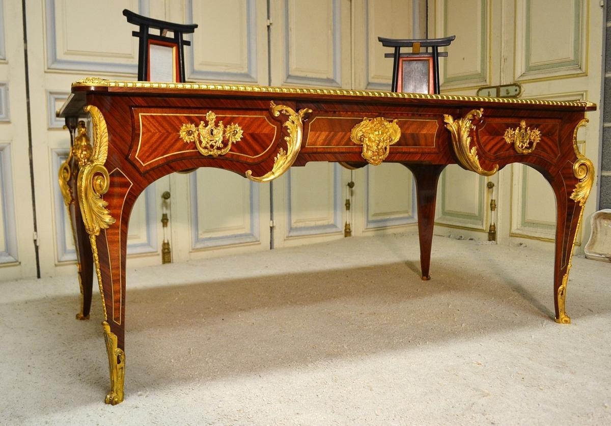 Bureau Plat De Style Régence,dans le goût de Charles Cressent