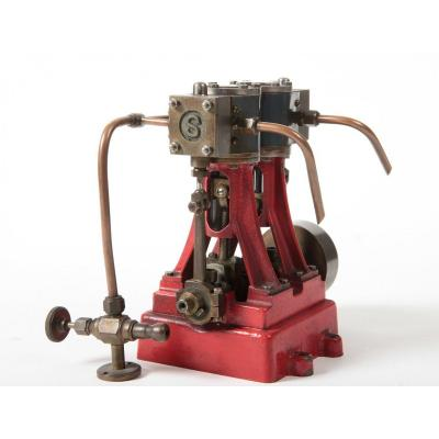 Small Stuart Steam Machine With 2 Cylinders.