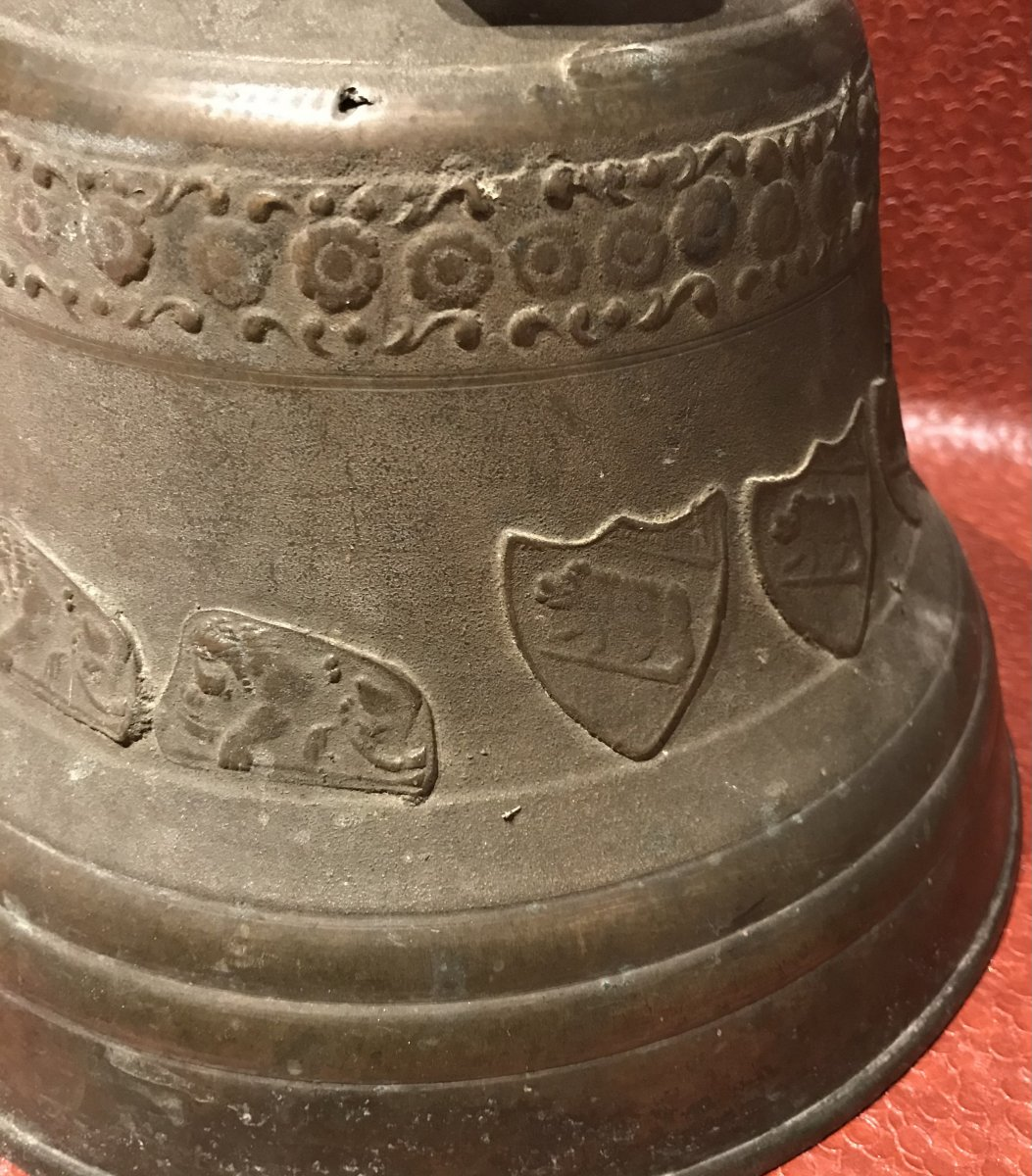Bronze Bell-photo-1