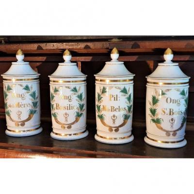 Série De 4 Pots à Pharmacie En Porcelaine De Paris XIXème