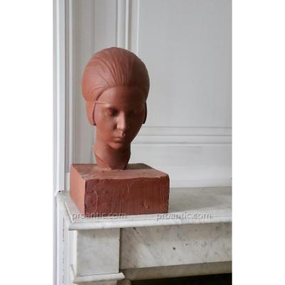 Woman's Head. Patinated Plaster Terracotta.