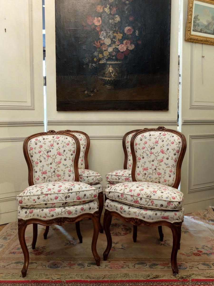 Suite de 4 chaises d'époque Louis XV