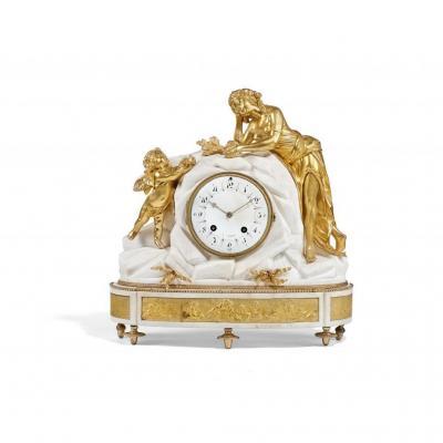 """Pendule Louis XVI """"la Pleureuse d'Oiseau"""", marbre blanc et bronze doré"""