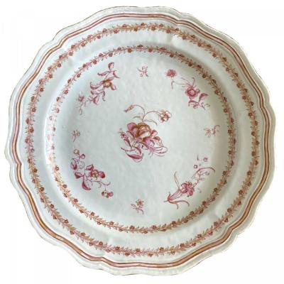 China, Large Famille Rose Chinese Export Porcelain Dish, Compagnie Des Indes, 18th Century