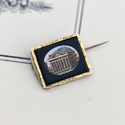 18k Gold Brooch With Micromosaic