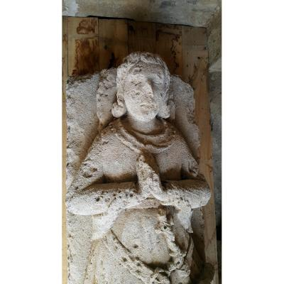 Dalle Funéraire En Pierre Sculptée d'Un Gisant - France XVe Siècle