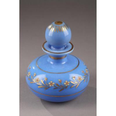 Flacon En Opaline Bleu. Charles X. Circa 1820-1830