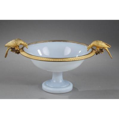 Coupe En Opaline, Monture Bronze Doré. Début Du XIXème Siècle.