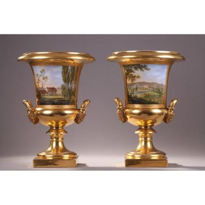 Pair Of Porcelaine De Paris Vases. Restauration Period.