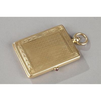 Portait Box Signed Cartier à Paris. 20th Century.