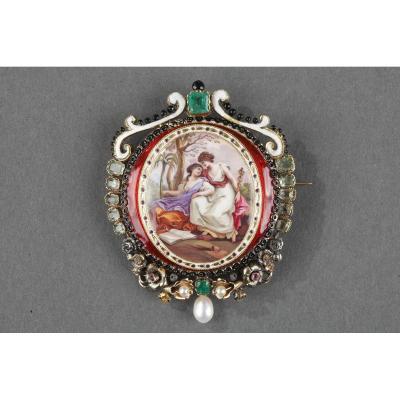 Broche Or, émail, Perles, émeraude Et Pierres Fines. XIXème Siècle