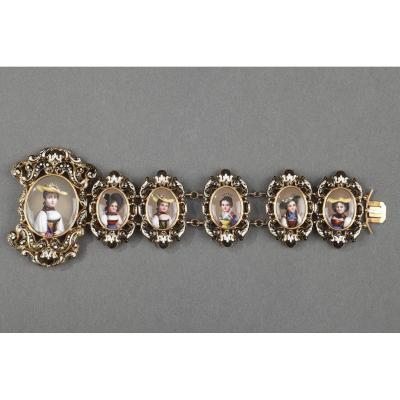 Bracelet En Or Et Email. Milieu Du XIXème SiÈcle.