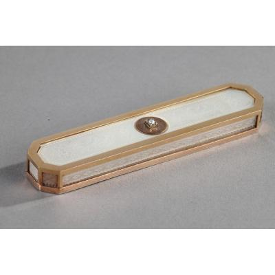 An Early 19th Century Mother Of Pearl Case. Circa 1820.