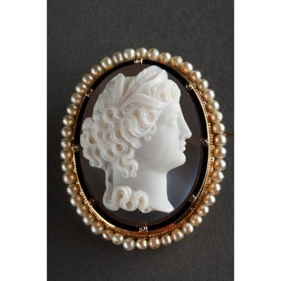 Gold-mounted Agate Cameo Brooch. Second Part Of The 19th Century. Napoleon III.