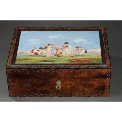Early 19th-century Sewing-set In Amboine Wood, Gold, Mother-of-pearl. Circa 1820