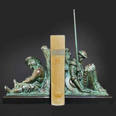 Janle - Pair Of Bookends