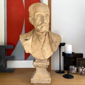 Buste d'Anatole France - Terre Cuite