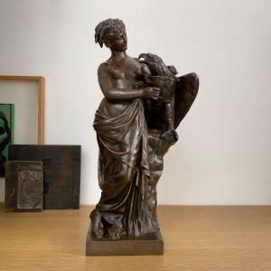 Hébé et l'aigle de Jupiter - Bronze