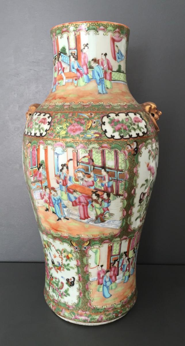 Grand Vase En Porcelaine De Canton