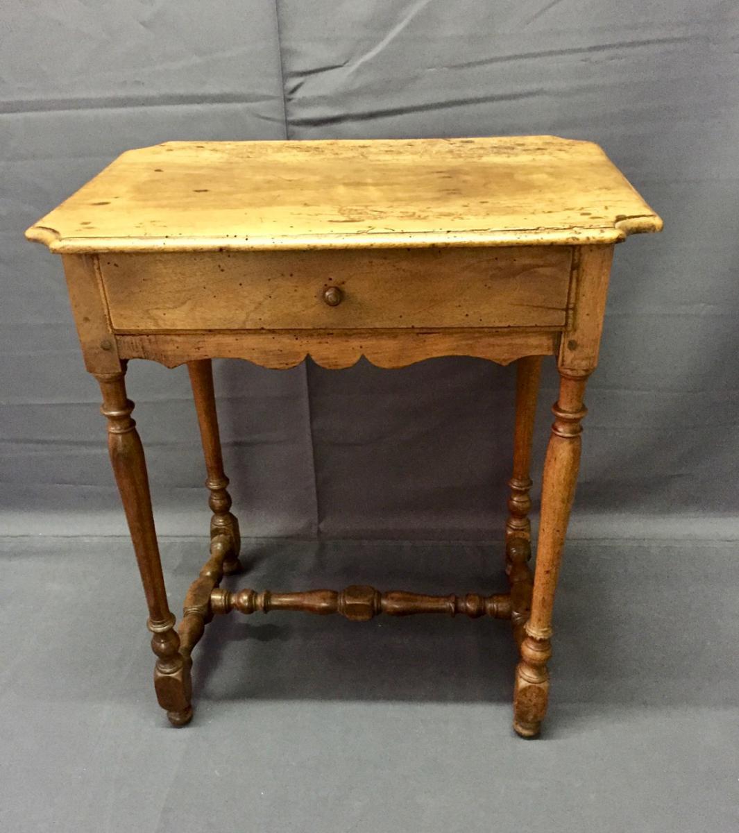 Small Table Louis XIII In Walnut