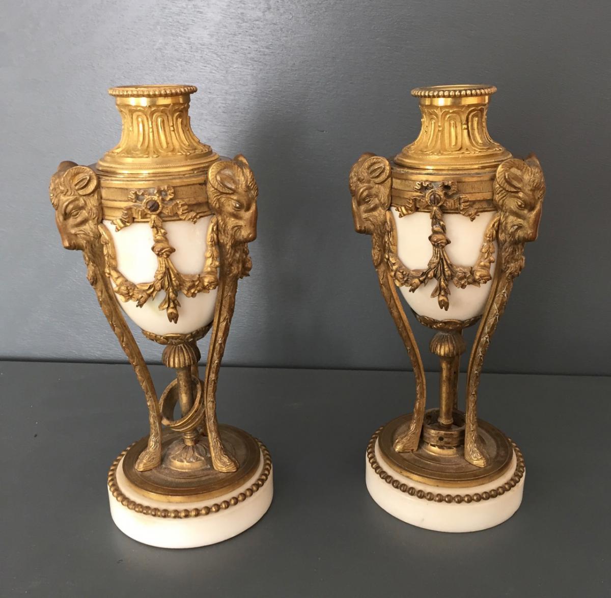 paire de cassolettes bougeoirs de style Louis XVI