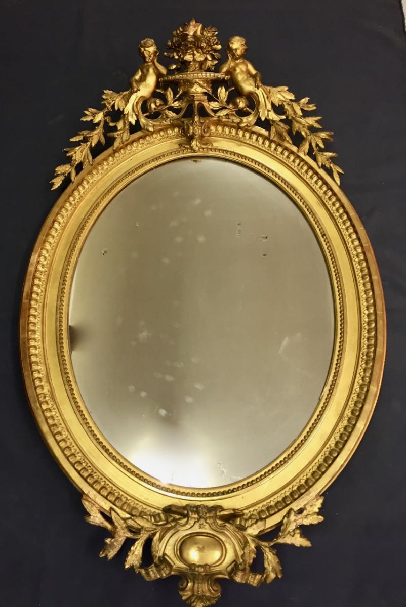 Miroir De Forme Médaillon De Style Louis XVI En Bois Et Stuc Doré