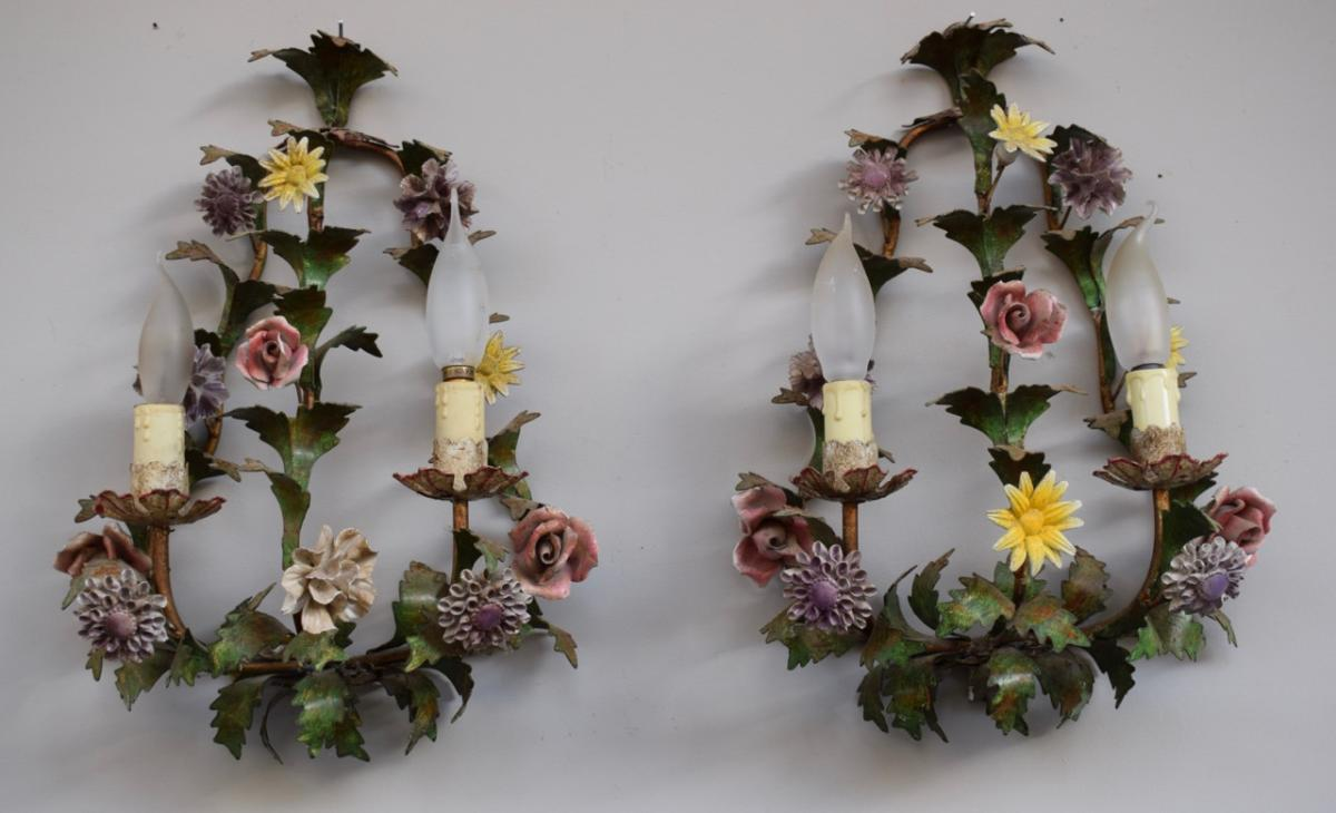 Pair Of Wall Sconces In Iron And Flowers Porcelain