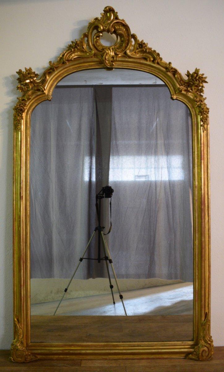 Miroir De Style Régence En Bois Et Stuc Doré