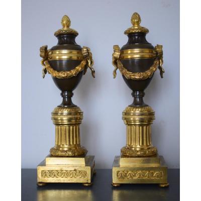 paire de cassolettes d époque Louis XVI