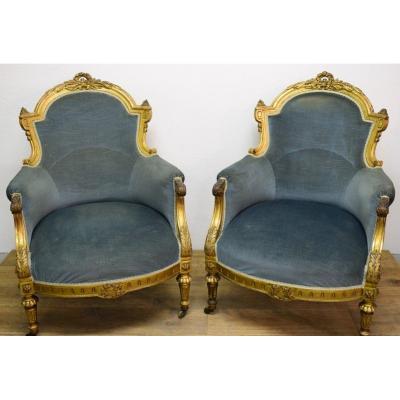 Paire De Bergères De Style Louis XVI En Bois Doré