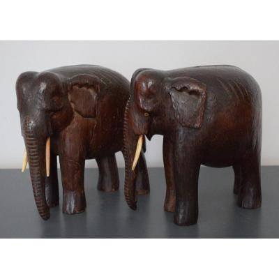 Pair Of Elephants Carved Wood