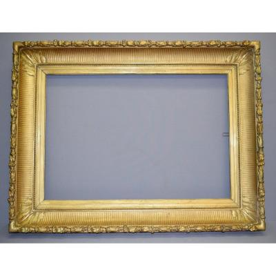 Large Frame With Channels In Wood And Golden Stucco