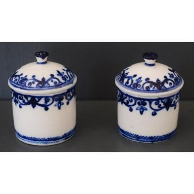 Mennecy Pair Of Ointment Jars In Tender Porcelain XVIII Eme