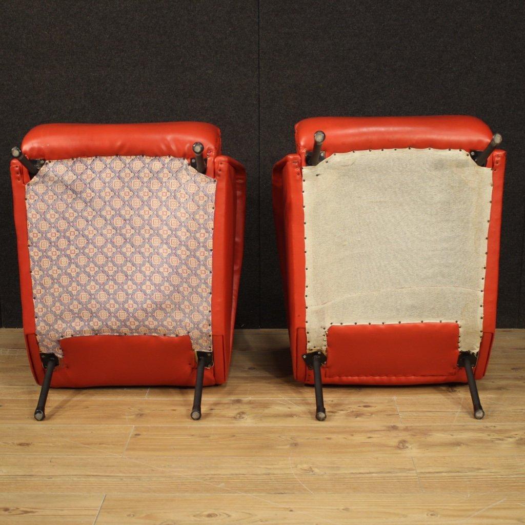 Paire De Fauteuils De Design Italien En Faux Cuir Rouge-photo-5