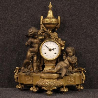 Horloge Français En Bronze Et Antimoine Doré