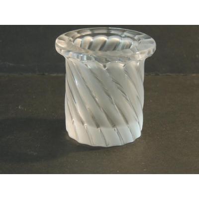 Lalique France  Vase , Petit Pot