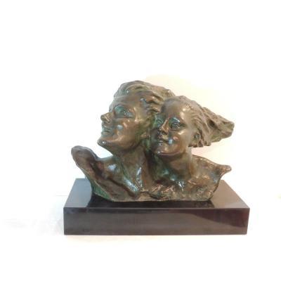 Sculpture En Bronze,couple Les Cheveux Au Vent ,de René André Varnier Vers 1930