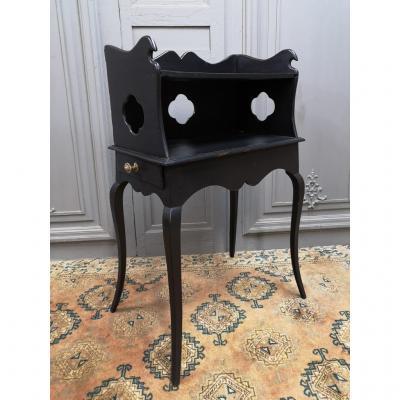 Table à Encas Laquée Noire Epoque Louis XV. Milieu XVIIIe