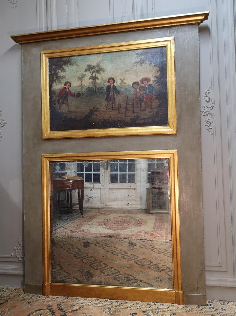 Trumeau En Bois Peint Et Doré d'époque Louis XVI.