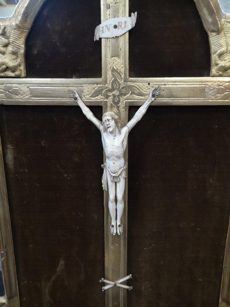 Christ En Ivoire Dans Son Cadre à Parcloses. Epoque Régence-photo-2